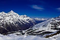 Ansichtform Matterhorn-Spitze Stockfotos