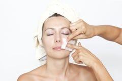 ansikts- hår tar bort Fotografering för Bildbyråer