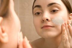 ansikts- maskering Fotografering för Bildbyråer