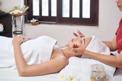 Ansikts- SPA massage royaltyfri fotografi
