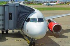 anslutat flygplan royaltyfri foto