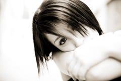 Anstarrendes Mädchen Stockbild