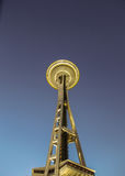 Ansteigende Seattles-Raum-Nadel Lizenzfreies Stockfoto