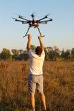 Anstellen des Hubschraubers Lizenzfreie Stockfotos