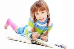 Anstrich des kleinen Mädchens Stockfotos