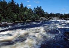 Ansturm des weißen Wassers Lizenzfreies Stockbild