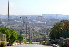 ANSUAN, EGIPTO - 17 DE NOVIEMBRE DE 2008: Vista de la ciudad y del architec Imagen de archivo