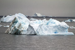 A Antártica - iceberg Não-Tabular Imagem de Stock