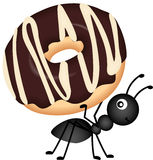 Ant Carrying Donut Lizenzfreies Stockfoto