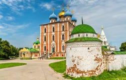 Antagandedomkyrka av den Ryazan Kreml i Ryssland Arkivfoton