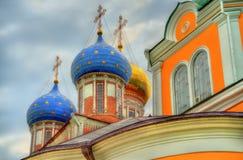 Antagandedomkyrka av den Ryazan Kreml i Ryssland Royaltyfria Foton