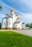 Antagandedomkyrka i Yaroslavl Royaltyfri Bild