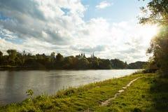 Antagandedomkyrka vid flodMoskva i Kolomna Arkivfoto