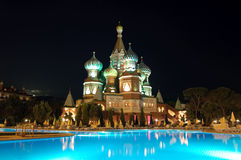 antalya旅馆照明克里姆林宫晚上样式 免版税库存照片