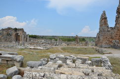 Antalya, Τουρκία, η αρχαία πόλη Perge, αρχαίοι ρωμαϊκοί χρόνοι και τα γεγονότα εδώ, στοιχεία των μεγάλων κανόνων της ζωής του ROM Στοκ Εικόνα