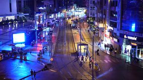 Antalya, Turquia - 17 de agosto de 2018: A cidade da noite ilumina o vídeo Antalya, Turquia, o 17 de agosto de 2018 video estoque