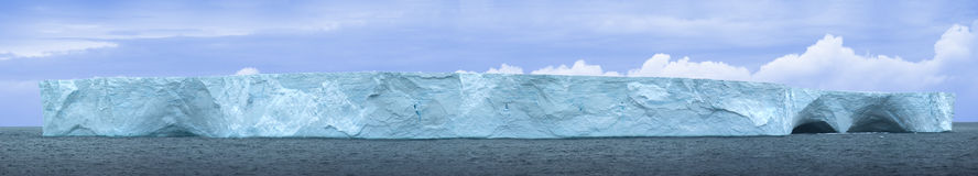 Antarctic ice island Royalty Free Stock Images