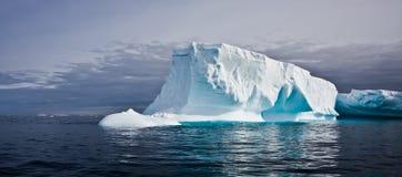 antarcticisberg Fotografering för Bildbyråer