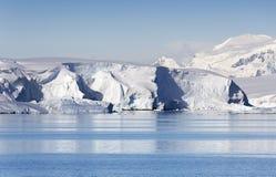 Antarctische kust stock afbeeldingen