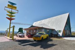 Antarespunt, Arizona, de V.S., 20 April, 2017: Het Ranchero-Motel, symbool van Route 66 royalty-vrije stock afbeelding
