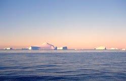Antarktische Eisberge Stockfotos