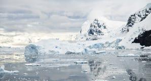 Antarktische Landschaft Lizenzfreies Stockbild