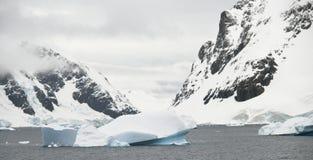 Antarktische Landschaft Lizenzfreies Stockfoto