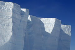 Antarktischer Eisregalrand lizenzfreies stockbild