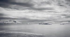 Antarktyczny Dangeros ocean Obraz Royalty Free