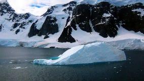 Antarktyczny - Iceburg Zdjęcie Stock
