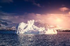 Antarktyczny lodowiec Obrazy Royalty Free