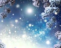 Antecedentes de la nieve de las vacaciones de invierno Copos de nieve fotos de archivo libres de regalías
