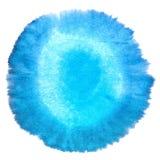 Antecedentes macros manchados extracto azul en blanco de la textura de la acuarela. Foto de archivo