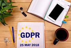 Anteckningsbok med reglering för skydd för allmänna data för anmärkningar, GDPREN med kontorshjälpmedlen Begreppet GDPR kan 25, 2 Royaltyfri Foto