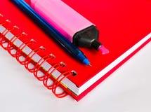 Anteckningsbok och penna Royaltyfria Foton