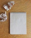 Anteckningsboken bordlägger på arkivbilder