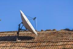 Antena τηλεπικοινωνιών Στοκ Φωτογραφίες