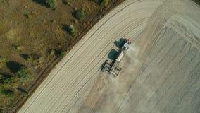 Antena: Arado só do trator o campo de trigo filme