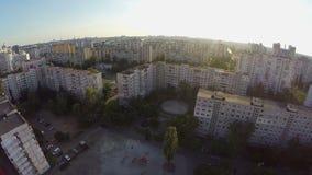 Antena da cidade, construções do subúrbio do quarto, vista do ar vídeos de arquivo