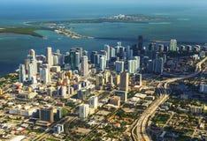 Antena da cidade e praia de Miami Fotos de Stock Royalty Free