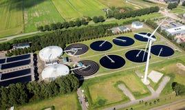 Antena da planta de tratamento de esgotos das águas residuais imagens de stock royalty free