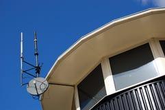 Antena da torre das telecomunicações Fotos de Stock Royalty Free
