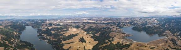 Antena das reservas de água em Califórnia do norte fotos de stock royalty free