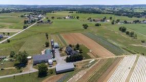 Antena de explora??es agr?colas Amish foto de stock royalty free