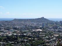 Antena de Honolulu, de Diamond Head, de Waikiki, de edificios, de parques, de hoteles y de propiedades horizontales foto de archivo