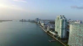Antena de la arquitectura de la costa de Miami Beach almacen de metraje de vídeo