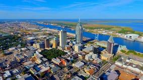 Antena de la ciudad de puerto imagenes de archivo
