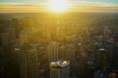 Antena de la salida del sol del horizonte de Chicago imágenes de archivo libres de regalías