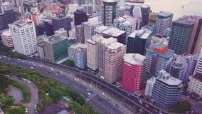 Antena de la salida del sol de Nueva Zelanda Wellington And Traffic metrajes