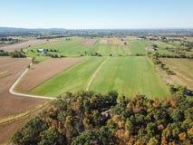 Antena de las tierras de labrantío en Dover, Pennsylvania apenas al sur de Harrisbu imágenes de archivo libres de regalías